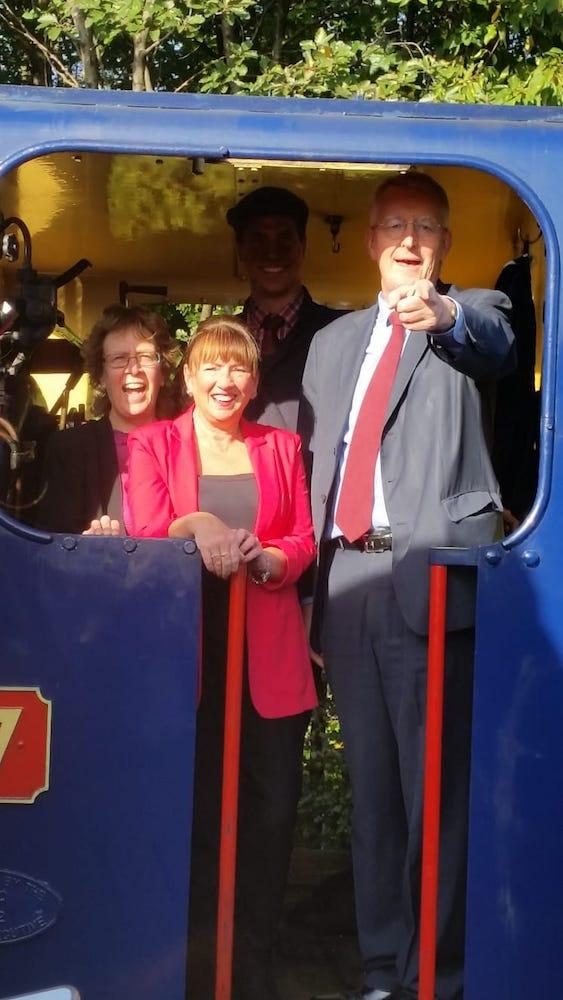 Coals Middleton Railway 04
