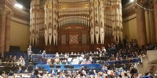 Windmill and Low Road Schools perform at Leeds Town Hall