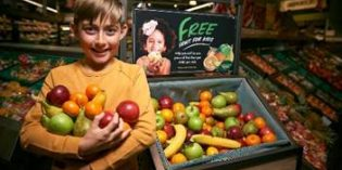 Hunslet Morrisons to give away fruit to children