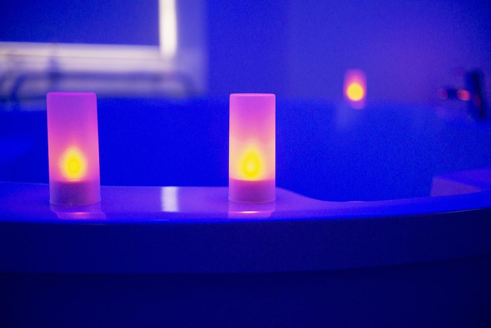 AMU Candles in the AMU copy