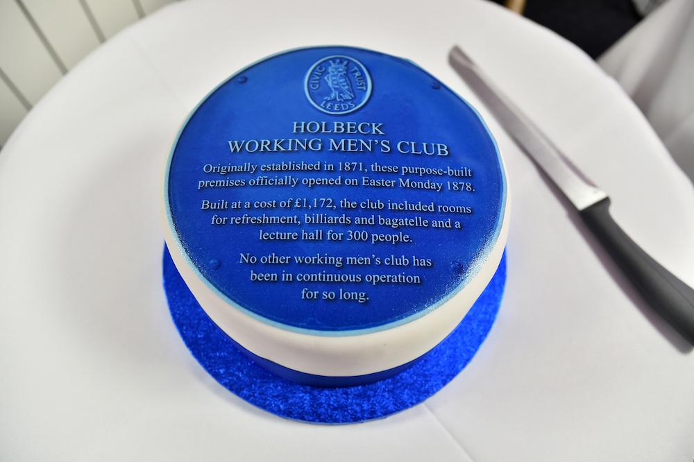 Holbeck Blue Plaque 01