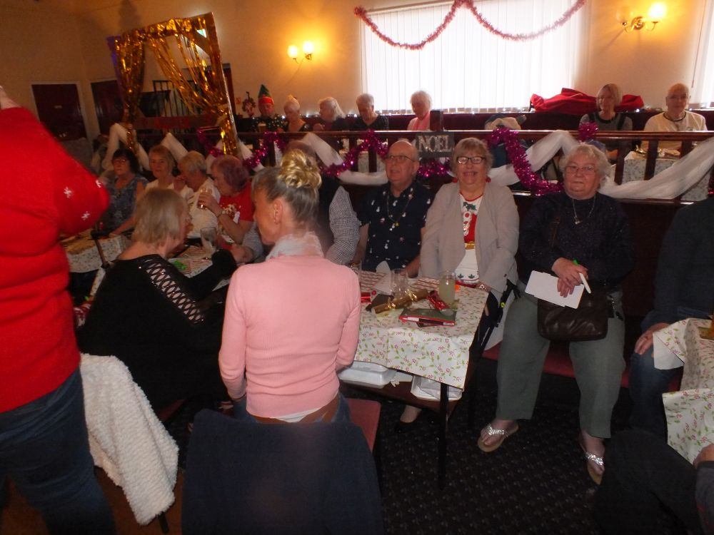 Middleton Elderly aid christmas party 2019 (9)