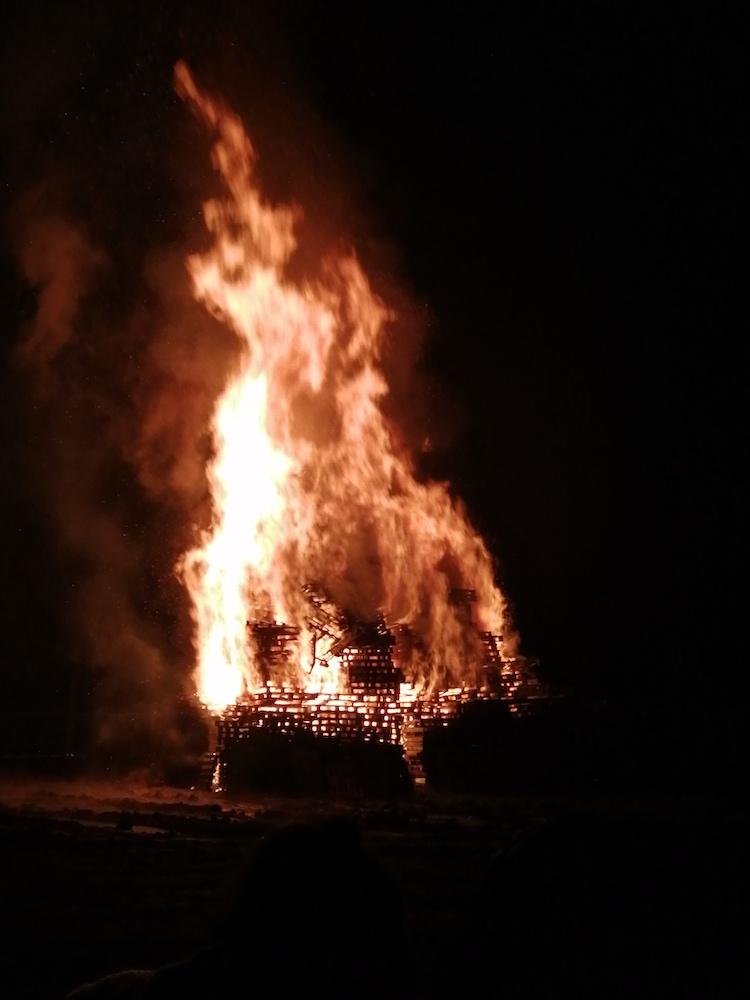 Middleton Park Bonfire 2019 01
