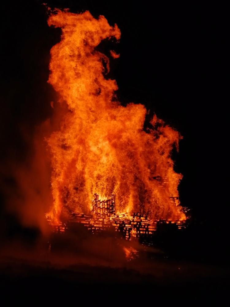Middleton Park Bonfire 2019 03