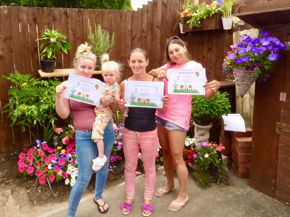 Millshaw garden winners