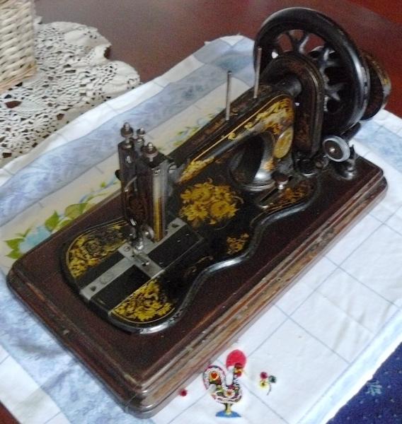 Vintage Singer Sewing Machine Repair Near Me